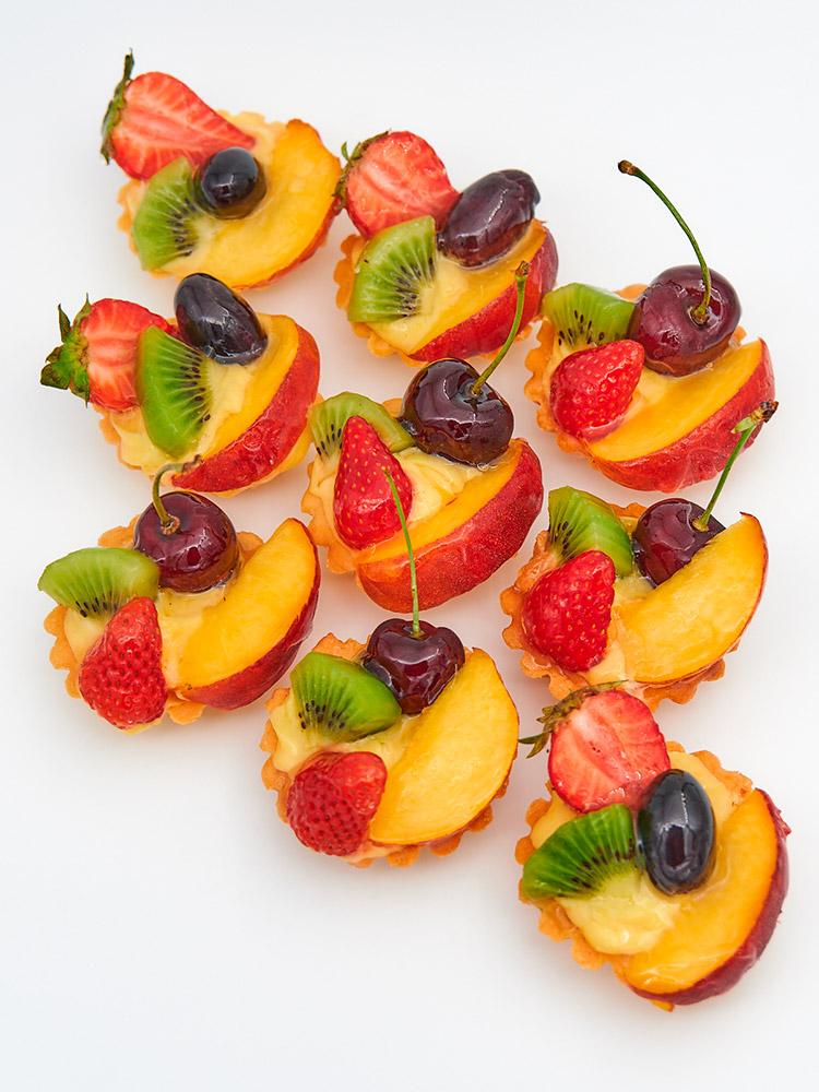 Cestini di pasta frolla e frutta fresca - 9 pz
